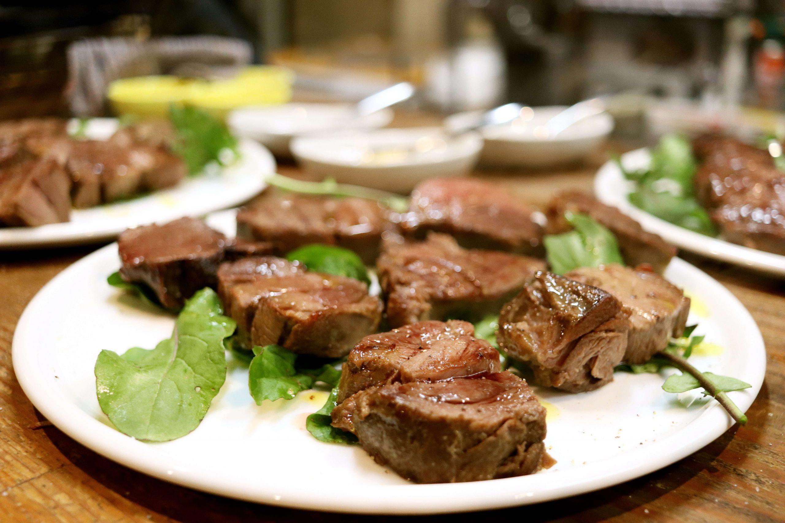 イノシシの肉のステーキ